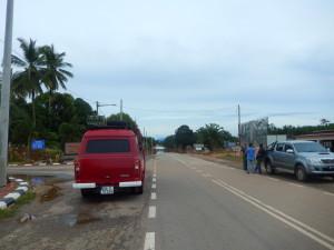Hauptstraße unter Wasser